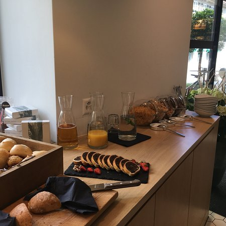 Thusis, Switzerland: Super Sonntags-Brunch im Cafe Gyger