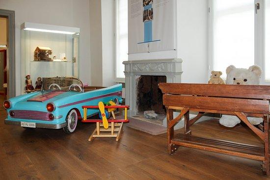 Hessisches Puppen- und Spielzeugmuseum