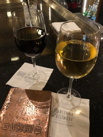 Wright's at the Biltmore: Cheers!!
