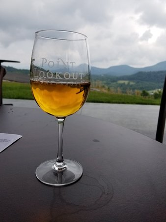 Point Lookout Vineyards