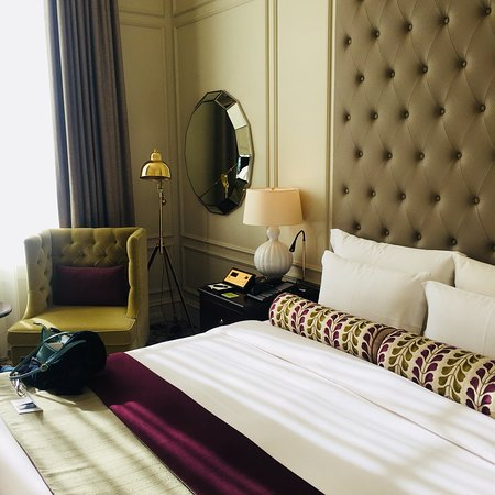 Beautiful grand dame hotel with gracious Japanese hospitality