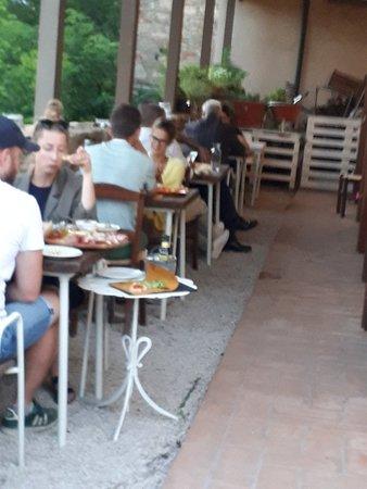 Montecastelli Pisano, Italy: 20180714_204809_large.jpg