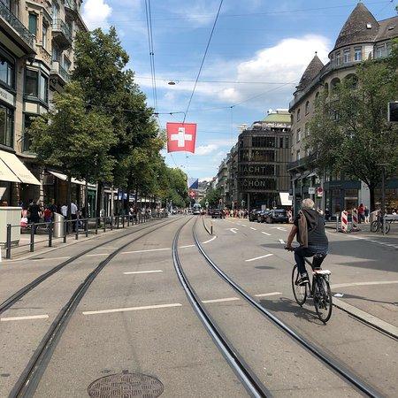 Bahnhofstrasse: photo0.jpg