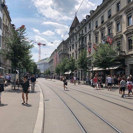 Bahnhofstrasse: photo1.jpg