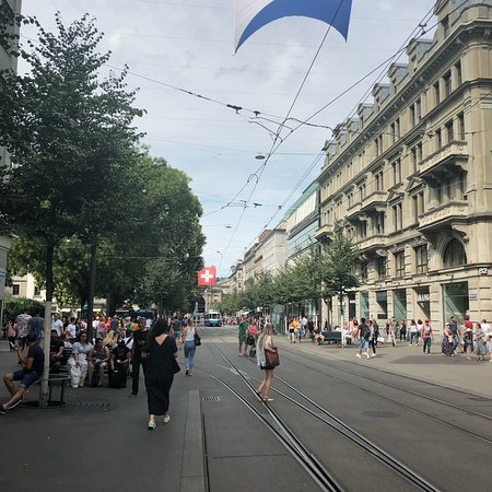 Bahnhofstrasse: photo3.jpg