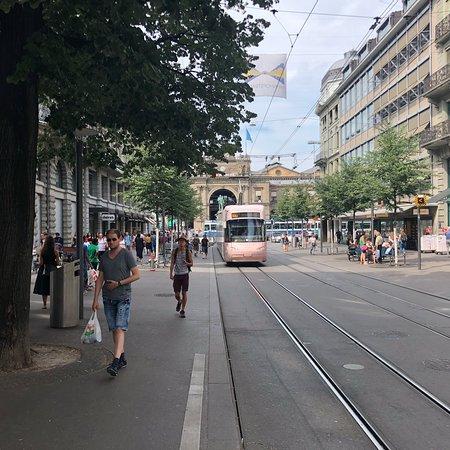 Bahnhofstrasse: photo4.jpg