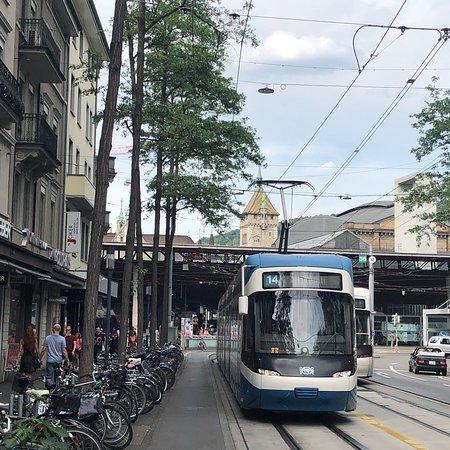 Bahnhofstrasse: photo5.jpg