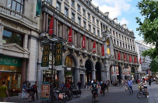 Meir Shopping Street