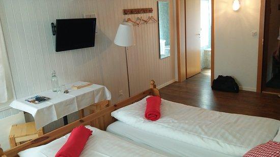 Landgasthof Schlussel: Quarto / Banheiro