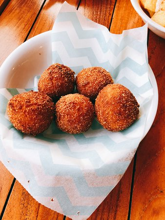 The Chipiron: Seafood fried balls