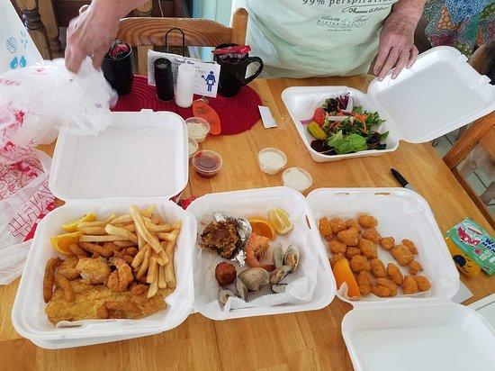 Tony's Seafood Restaurant: tonys takeout