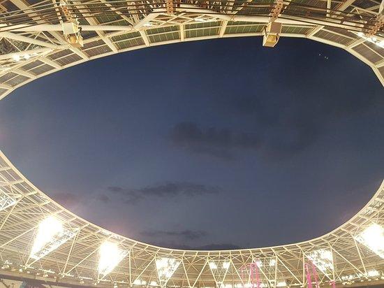Queen Elizabeth Olympic Park: 20180714_214742_large.jpg
