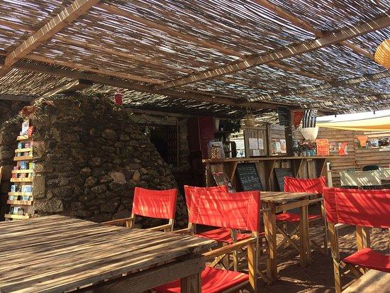 Octon, Γαλλία: Le bar