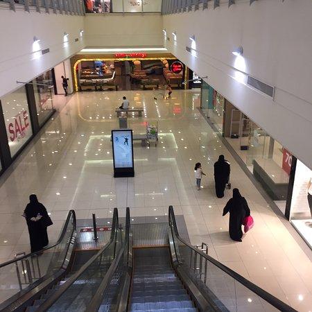 Try These Tala Mall Riyadh Saudi Arabia {Mahindra Racing}