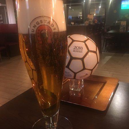 Gross-Zimmern, Tyskland: Auszeit Sportrestaurant & Bar