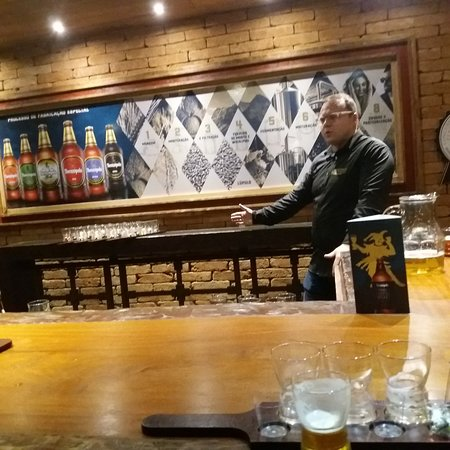 Vila St Gallen - A Casa da Cerveja Therezópolis: 20180714_181528_large.jpg