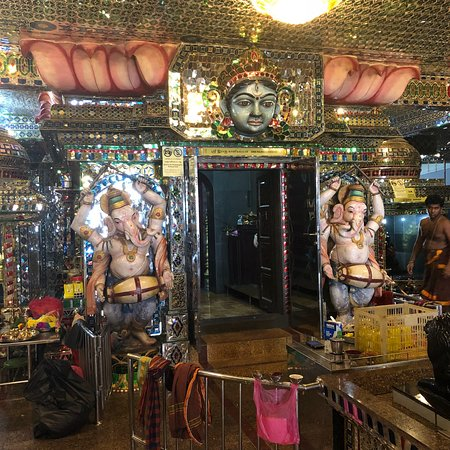 Arulmigu Sri Rajakaliamman Glass Temple: photo2.jpg