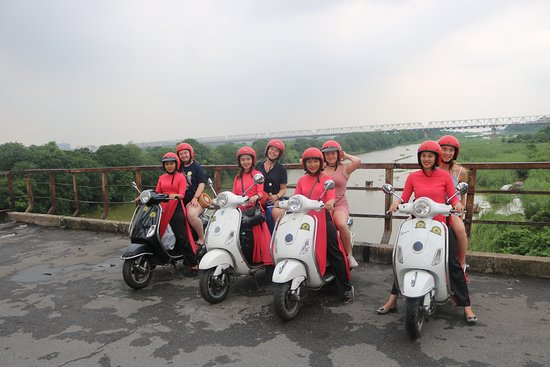 Female Vespa Tours