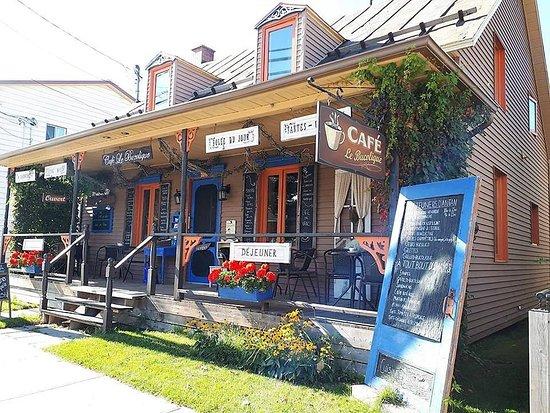 Grand-Mere, Canada: Entrez et vivez une belle expérience