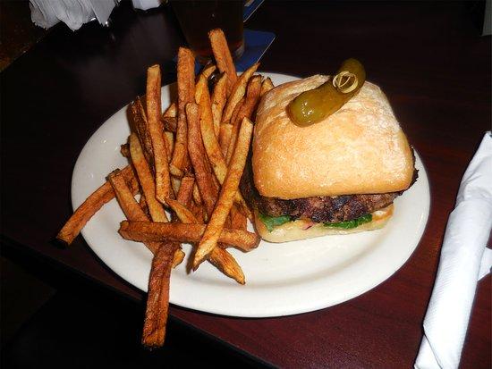 Chinook, WA: Trap Burger