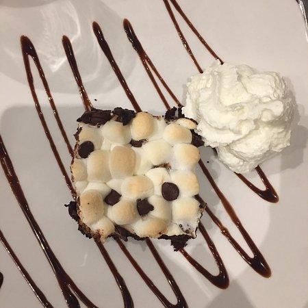 CJ's Restaurant & Bar: photo0.jpg