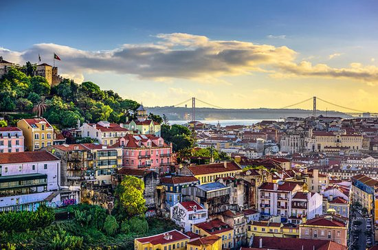 Lisbon to Porto Private Tour with...