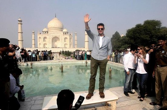 3 am Taj mahal Sunrise tour starts and...