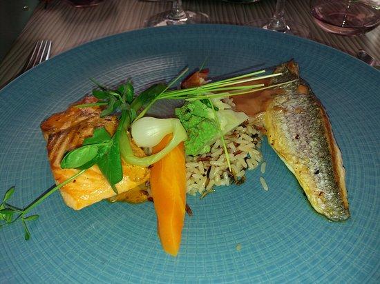 Wambrechies, França: Duo de poisson un régal
