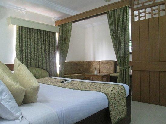 Paray Village County Hotel: MINI SUITE