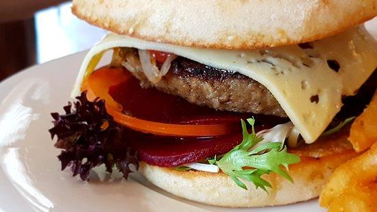 Pine Creek, Australien: burger