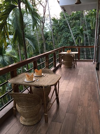 West Jaintia Hills District, Indien: Deck