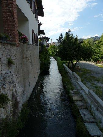 Dronero, Italy: Il canale