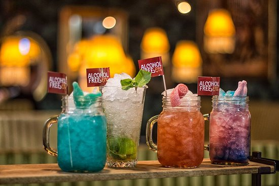 alcohol free drinks in all colors of the rainbow コペンハーゲン