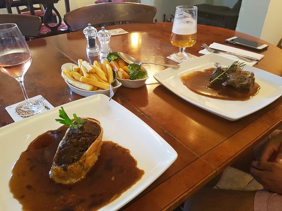 The Westbury Inn Pub: 20180713_183920_large.jpg