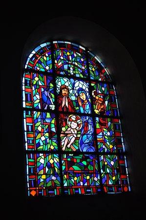 Église Saint-Jean-Baptiste: Beautiful windows