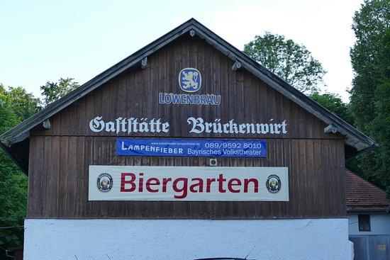 Pullach im Isartal, Germany: Festhalle von außen