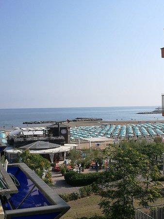 San Giuliano a Mare, Italy: Vista dal balcone della camera 42