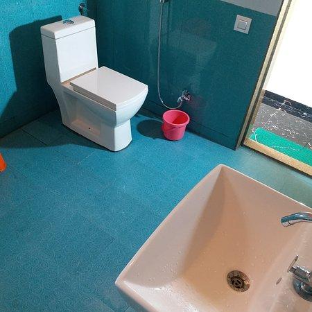 Panhala, Indie: Room toilet photo