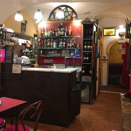 Кастель-Сан-Джиминьяно, Италия: Caffè delle Erbe