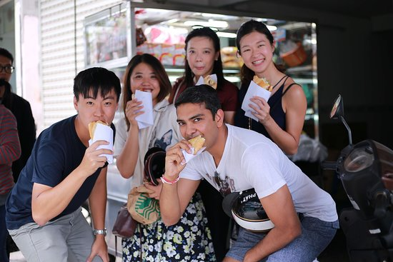Lost In Saigon - Authentic Local Tour