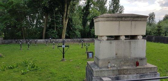 Cmentarz Wojenny nr 251