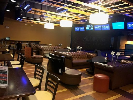 All Star Alley & Tavern: VIP Bowling Lanes