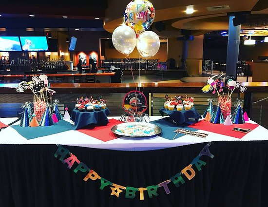 All Star Alley & Tavern: Birthday Parties