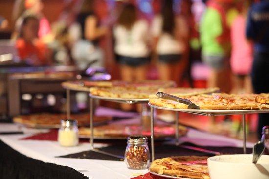 All Star Alley & Tavern: Pizza Buffet