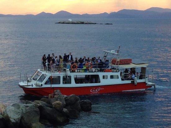 """Ύδρα (Χώρα), Ελλάδα: Η """"Κυματολήγη"""" της GNG CRUISES σας περιμένει για εξαιρετικές περιηγήσεις!"""
