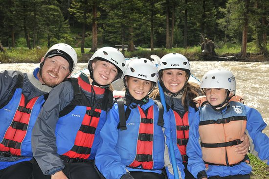 Gallatin River Scenic Float Rafting: Team Awesome!