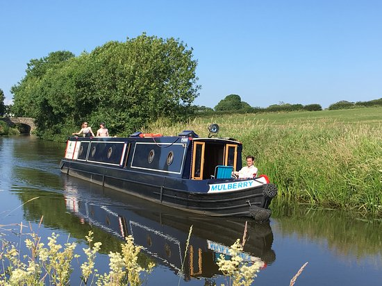 Crabtree Narrowboat Hire