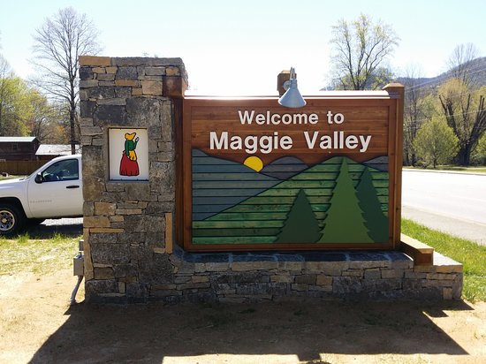 Welcome To Maggie Valley Side
