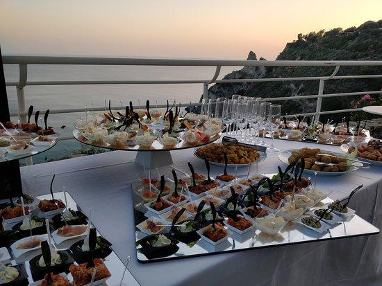 Blue Bay Resort: Cena di gala. Presentazione antipasti