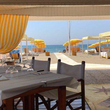 Bagno orizzonte marina di massa restaurant reviews - Bagno italia marina di massa ...
